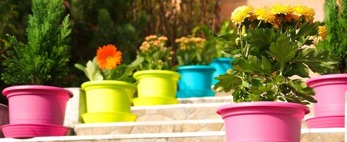 Цветни саксии за градината от Хидростаб